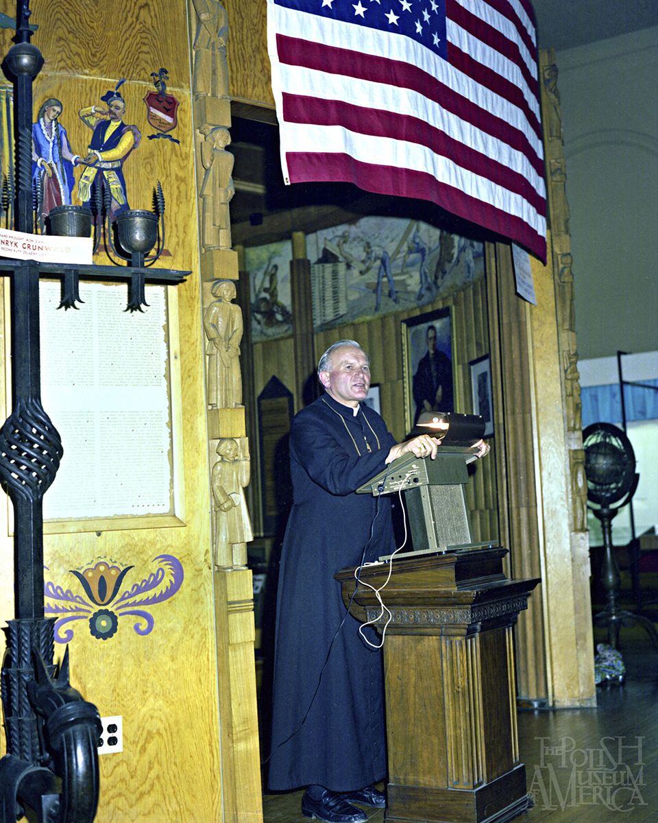 Cardinal Wojtyla at the PMA Great Hall 1976 photo George Skwarek