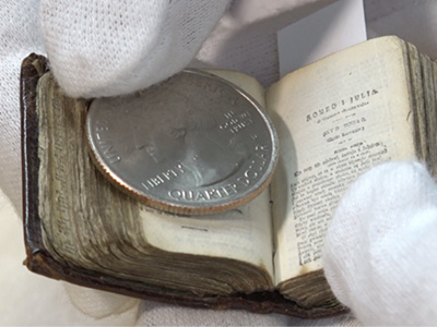 Size comparision coin vs. book
